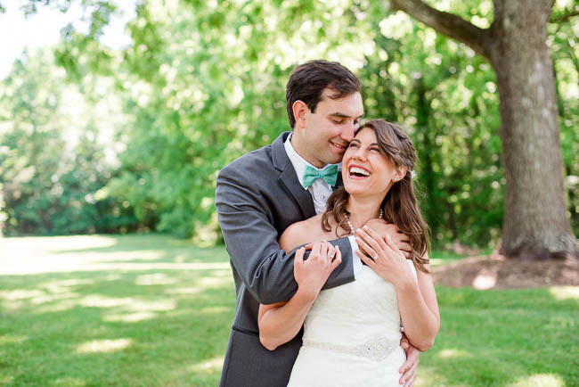southern-teal-coral-belmont-estate-reidsville-wedding-9416.jpg