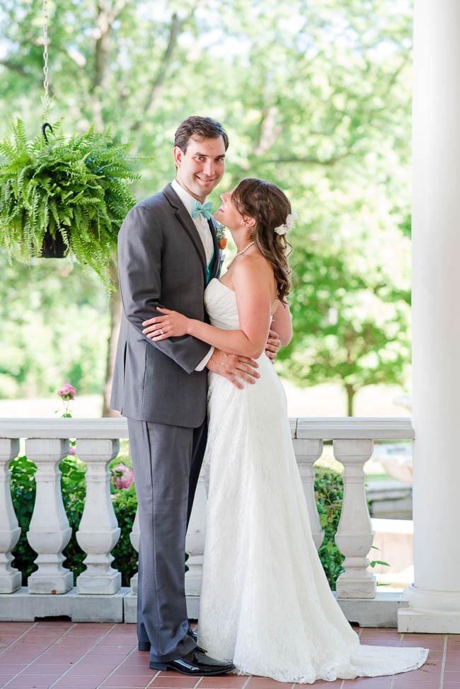 southern-teal-coral-belmont-estate-reidsville-wedding-9549.jpg