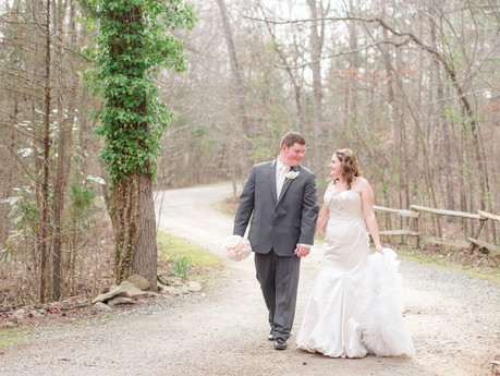 Tyler & April | Walnut Lane Inn Wedding