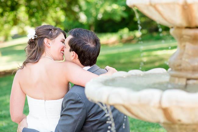 southern-teal-coral-belmont-estate-reidsville-wedding-9530.jpg