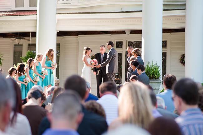 southern-teal-coral-belmont-estate-reisdville-wedding-0054.jpg