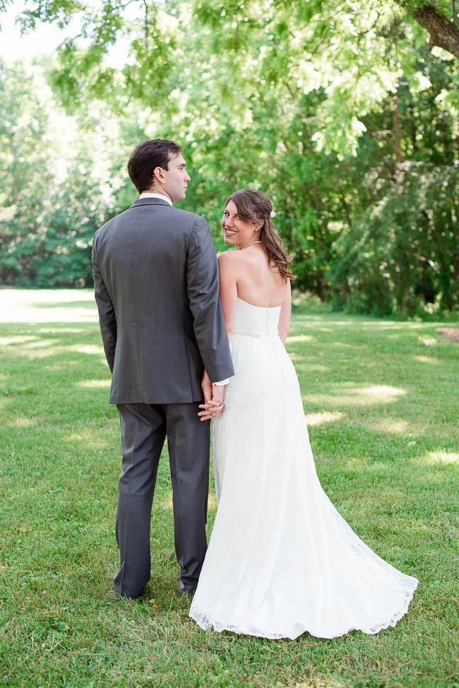 southern-teal-coral-belmont-estate-reidsville-wedding-9434.jpg