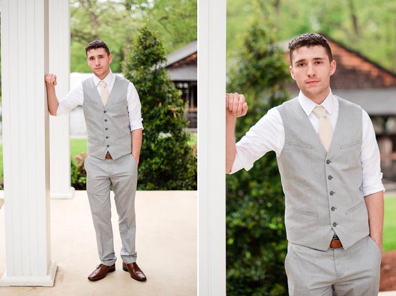 greensboro-vintage-wedding-rainy-001.png