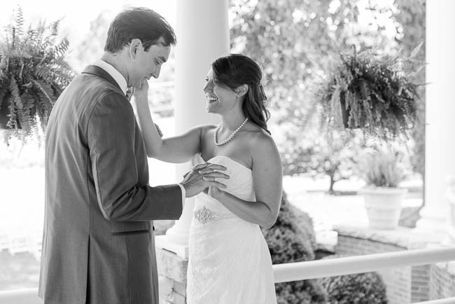 southern-teal-coral-belmont-estate-reidsville-wedding-9339.jpg