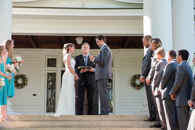 southern-teal-coral-belmont-estate-reisdville-wedding-0131.jpg