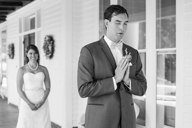 southern-teal-coral-belmont-estate-reidsville-wedding-9315.jpg