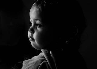 "<img src=""maternity photo.jpg"" alt=""Maternity photoshoot son low light in black and white"">"