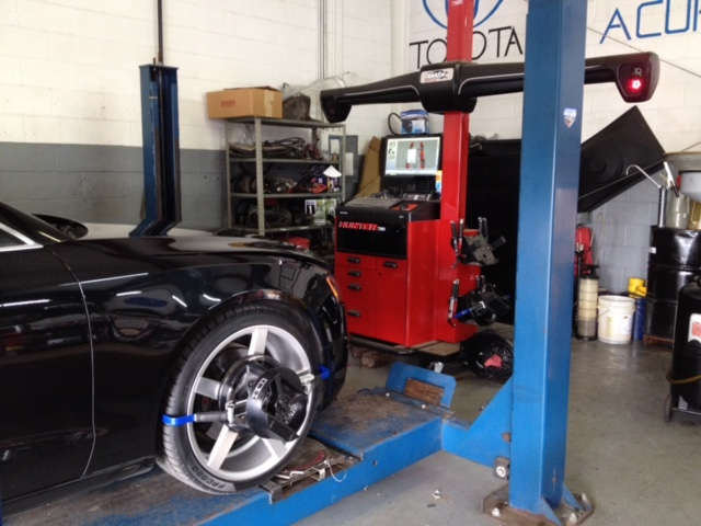 News Hawk Machine: 4-Wheel alignment