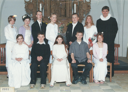 Egebjergkirke_konfirmander_2001