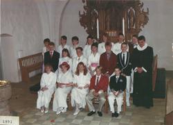 Egebjergkirke_konfirmander_1991