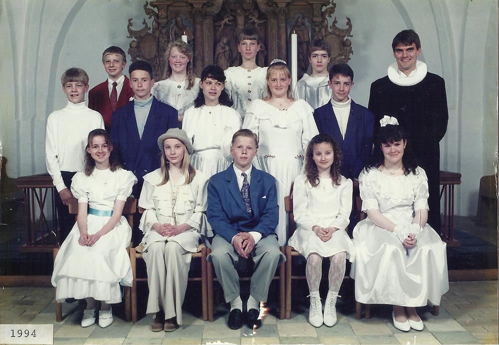 Egebjergkirke_konfirmander_1994