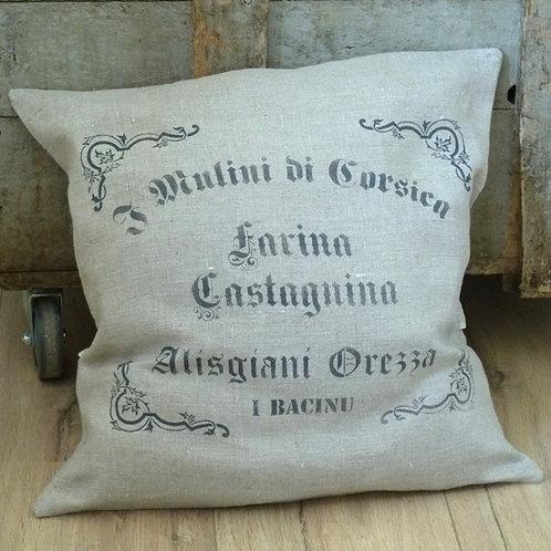 Housse de coussin en lin, impression Moulins de Corse.