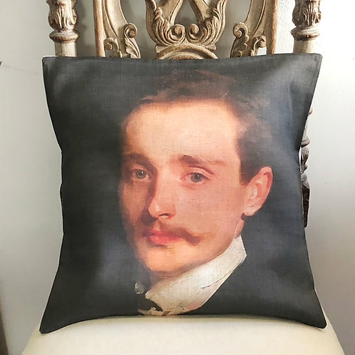 Housse de coussin romantique en lin, portrait gentleman à moustache.