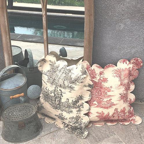 Housse de coussin en lin, bords festonnésen toile de Jouy