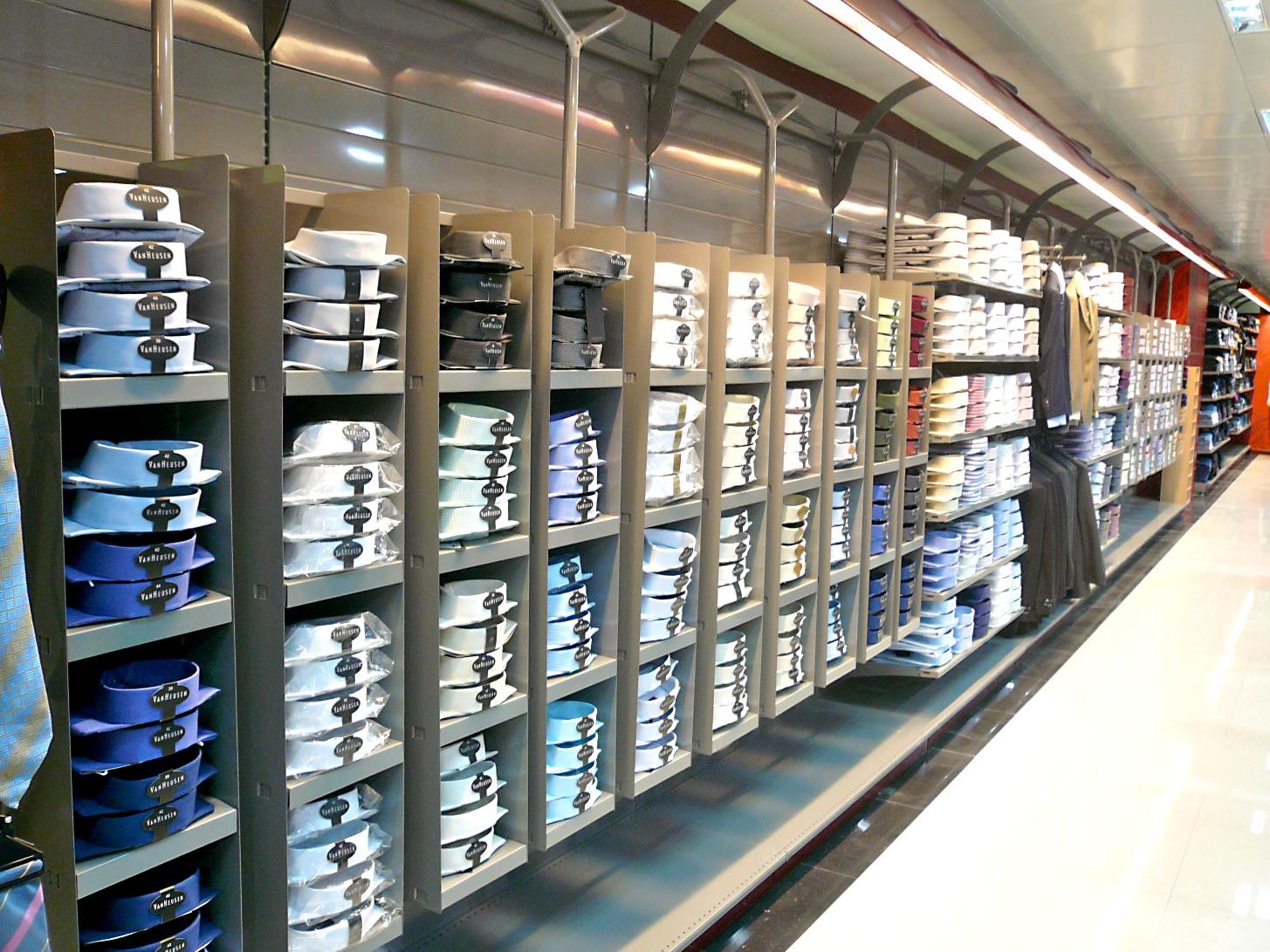 מדפי העליה -16- מדפים לחנויות נעליים