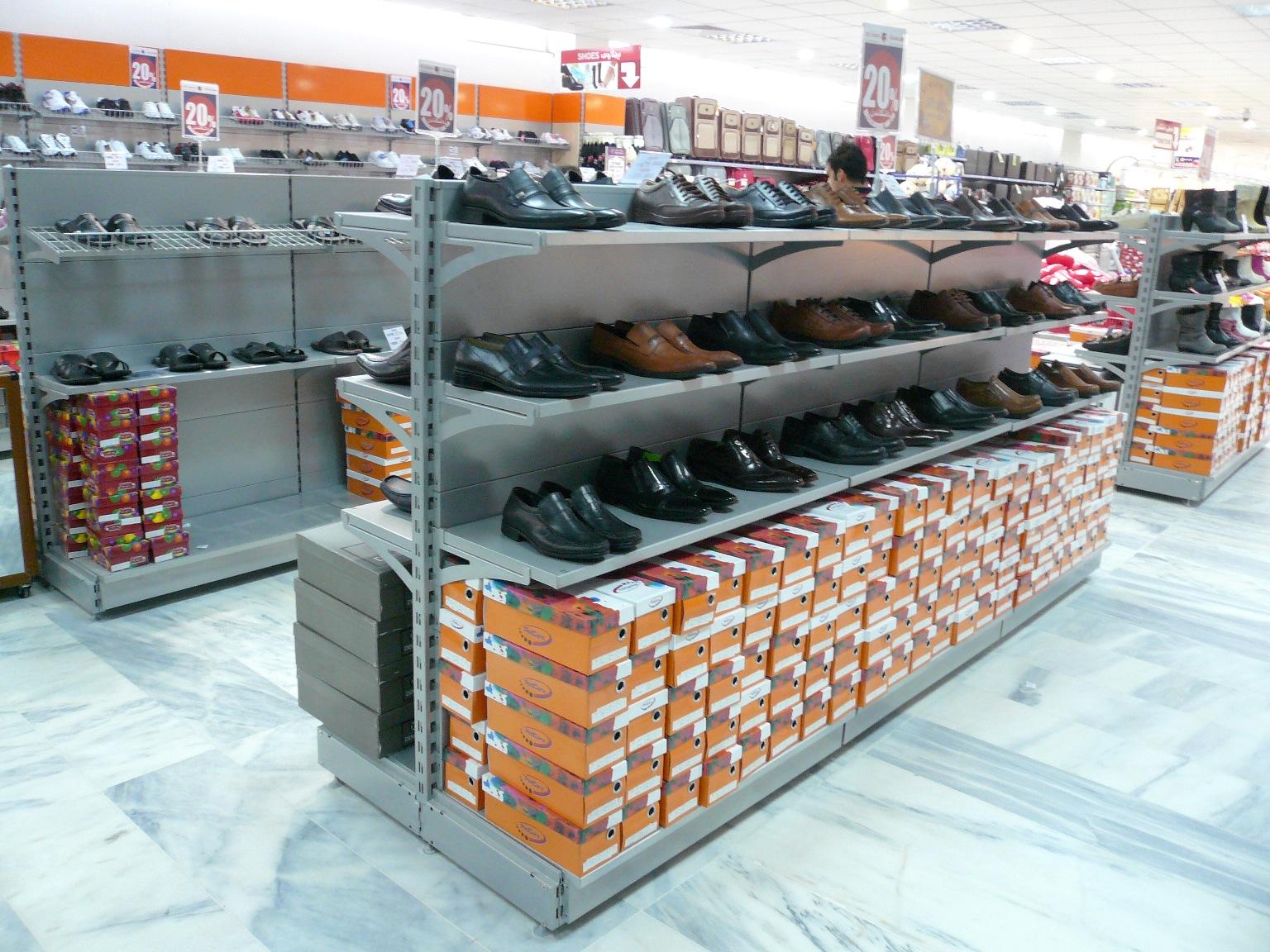 מדפי העליה -6- מדפים לחנויות נעליים