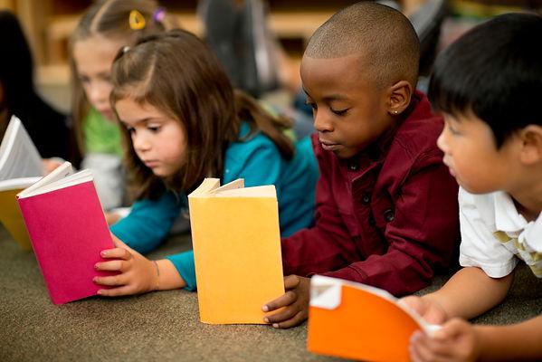 Diverse_kids_reading-2MB.jpg