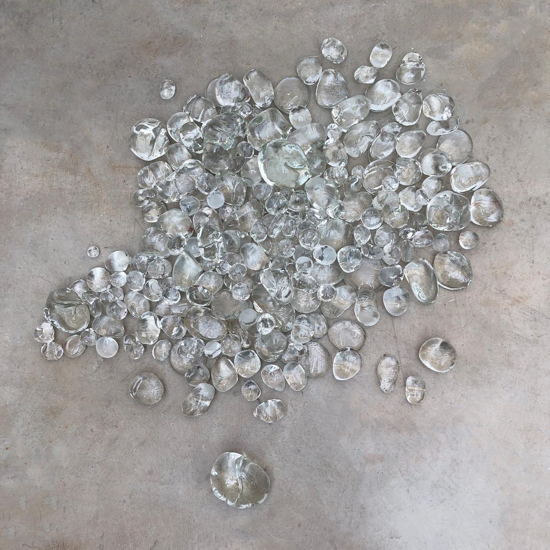 130 pounds of glass rocks