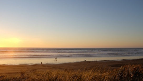 Coucher de soleil sur la plage Dansmabulle-relaxation.com