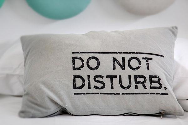 Oreiller Do not disturb Relaxation journée Dansmabulle-relaxation.com