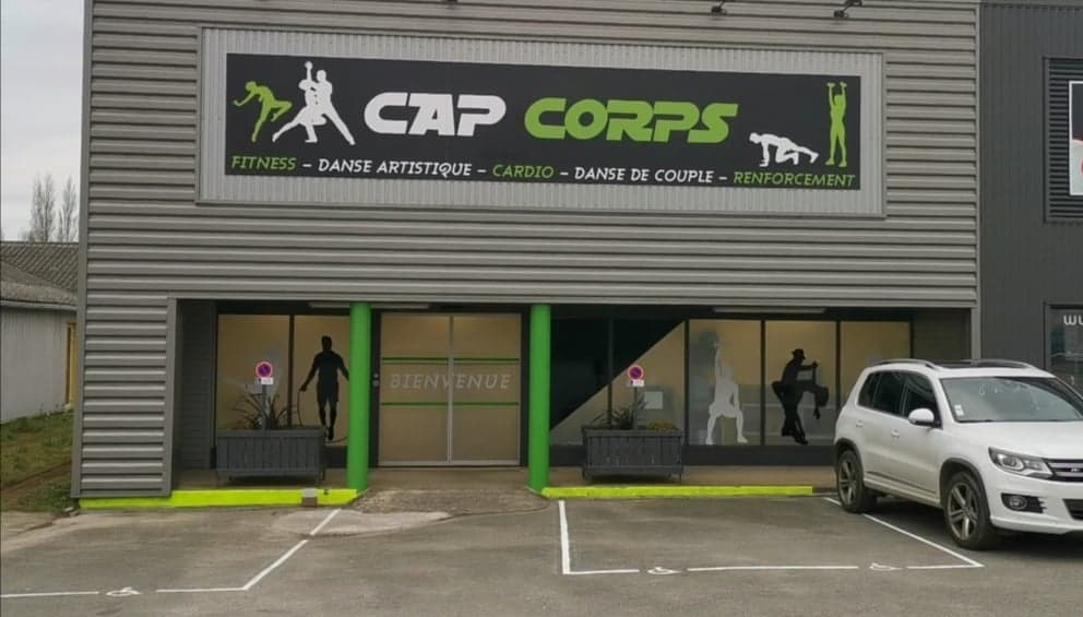 Devanture Cap Corps