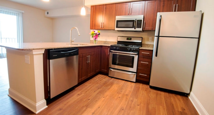 glen_riddle_new_kitchen_2015014_613x330.