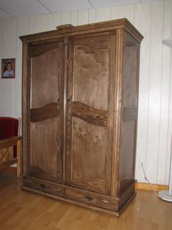 Penderie-armoire en pin