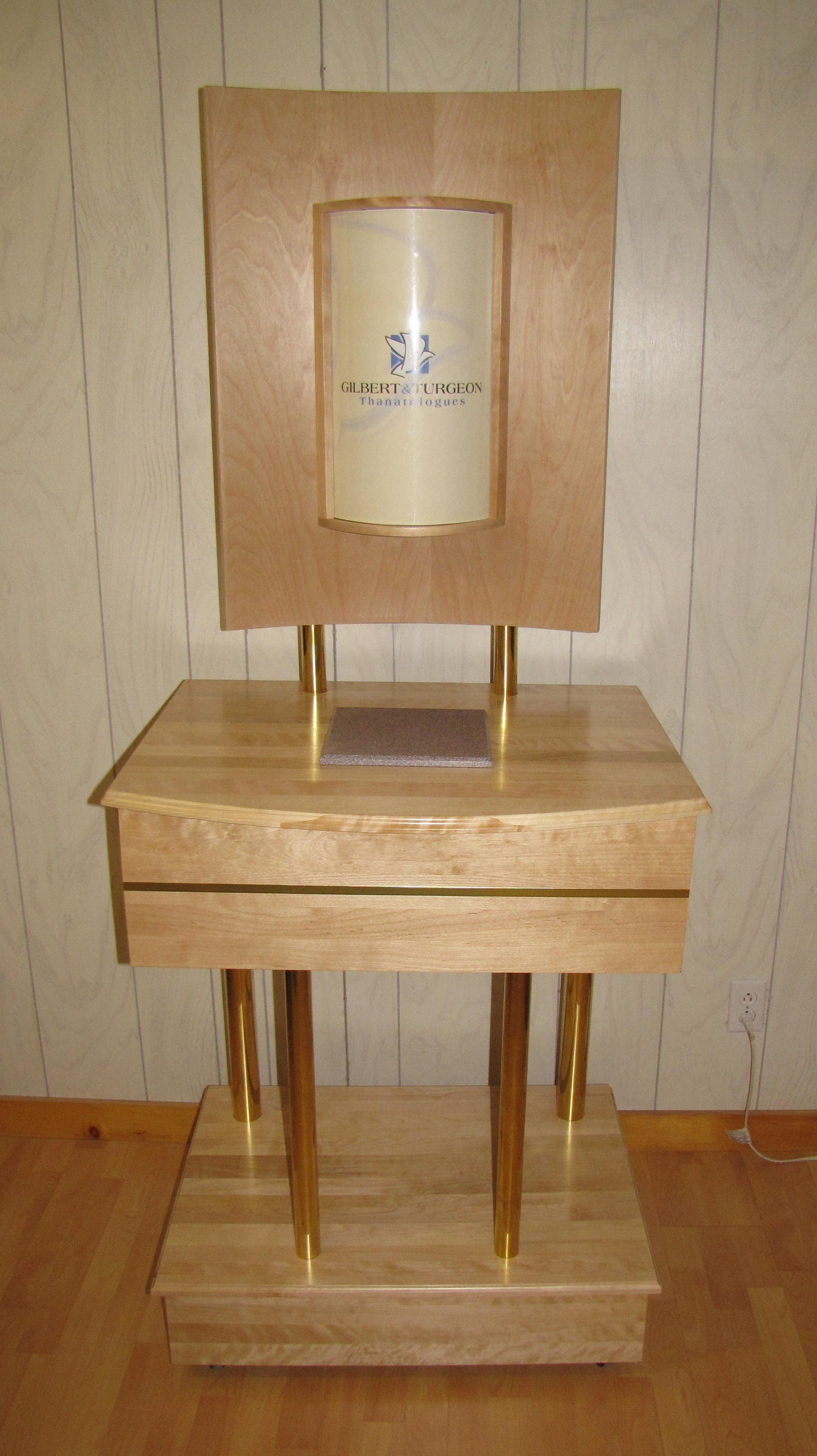 Meuble pour déposer une urne