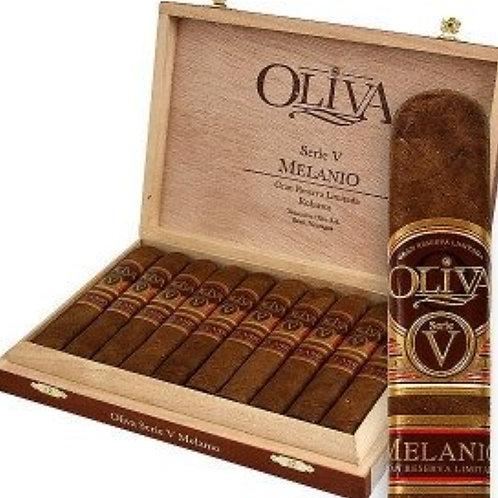 Oliva Serie V Melanio Robusto (5×52)