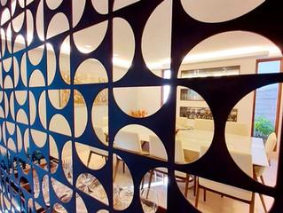 Metais na decoração conferem sofisticação ao ambiente