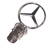 Mercedes W123 300D hood star
