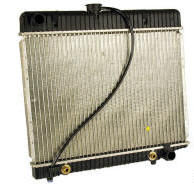 Mercedes W123 radiator with cap
