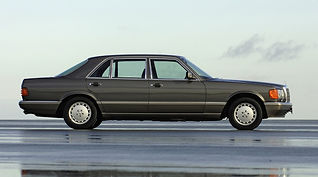 W126 Mercedes 560SEL