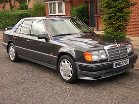 Mercedes W126 560SE.