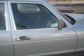 W126L Front Right Door