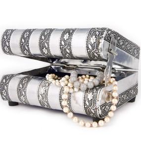 Jewellery + Boxes