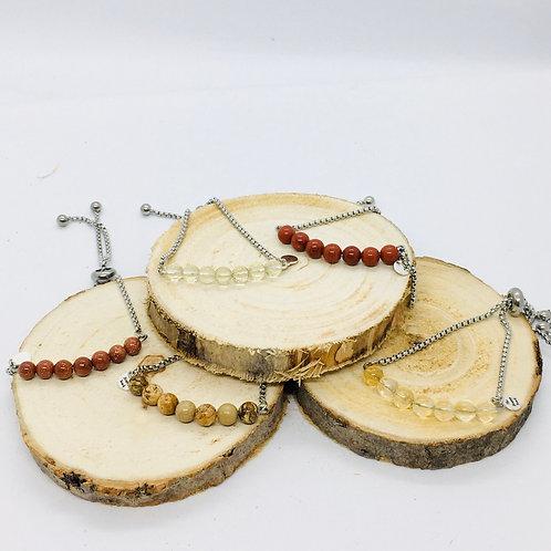 Bracelets réglables en acier inoxydable argenté: les pierres brunes et jaune