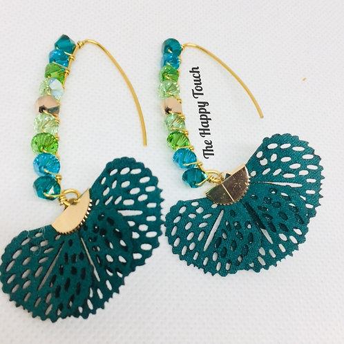 Boucles d'oreilles avec dégradé de cristaux Swarovski vert et éventail en simili