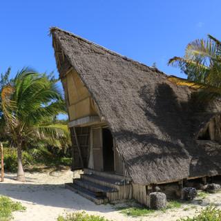 mooie grote bungalows op het strand van Fanjove Eiland