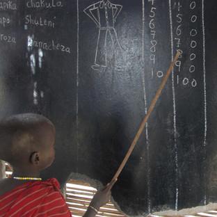 bezoek een Maasai schooltje bij een dorpje