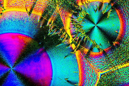 Ascorbic Acid crystals.jpg