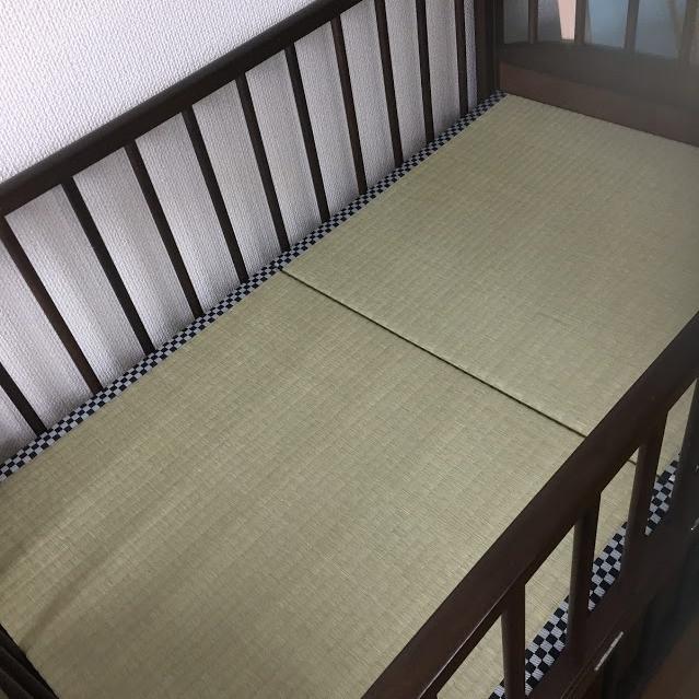 ベビーベッドの畳