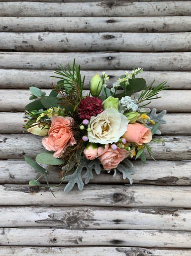 Arranjo para cabeça com flores frescas