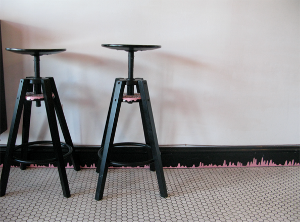 Sprinkled stools - Mission Minis