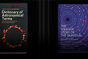 Mesmerizing Vintage Book Covers in Motion