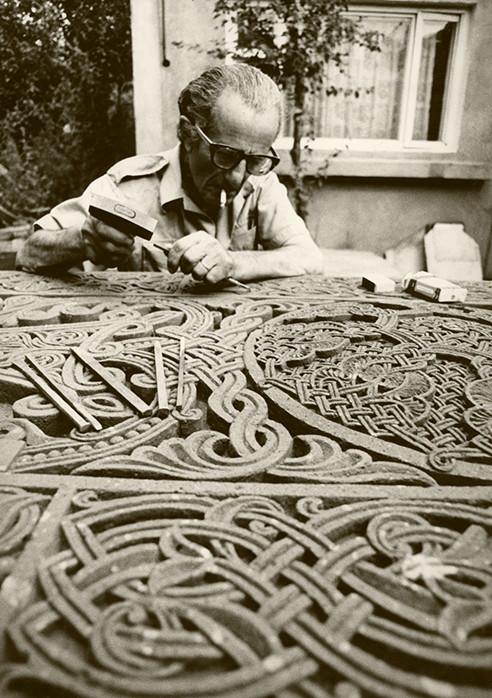 grandpa-carving-stone-1