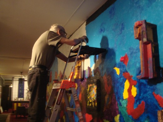Rosset at work on the mural. Photo by Astrid Rosset.