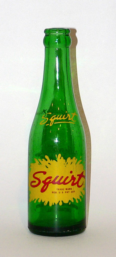 1940s Squirt bottle with script logo