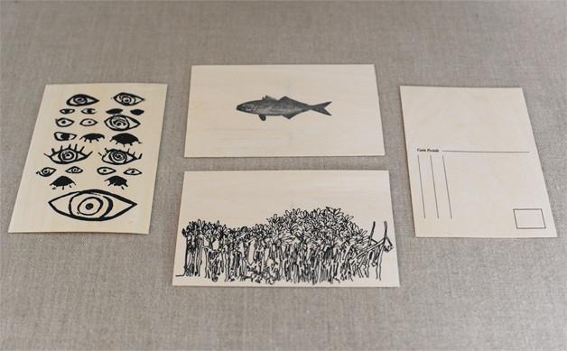 wooden-postcard