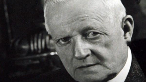 Ludwig Hohlwein.
